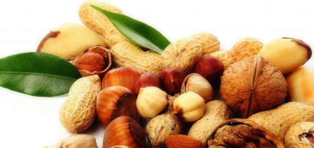 Можно ли есть орехи, семечки и сухофрукты при гастрите: какие, в каком количестве